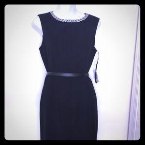 Anne Klein - Classic Black Knee Length Dress